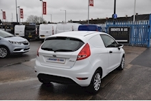 2013 Ford Fiesta Base Tdci - Thumb 2