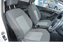 2013 Ford Fiesta Base Tdci - Thumb 6