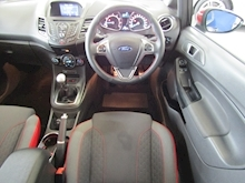 Ford Fiesta St-Line Black Edition - Thumb 8