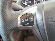 Ford Fiesta St-Line Black Edition - Thumb 16