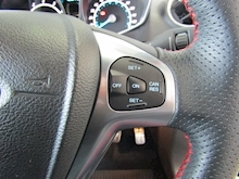 Ford Fiesta St-Line Black Edition - Thumb 17