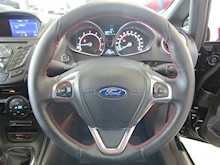Ford Fiesta St-Line Black Edition - Thumb 18