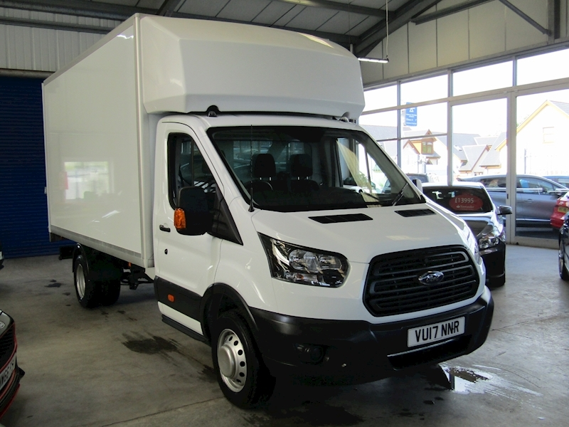 Ford Transit 350 L5 C/C with Tail Lift