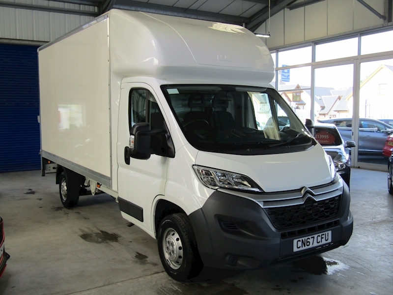 Citroen Relay 35 L3 Bluehdi with Tail Lift
