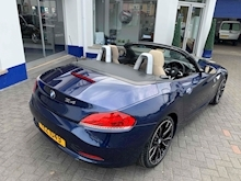 2009 BMW Z4 S drive23i  Convertible 2.5 Manual Petrol - Thumb 11