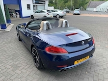 2009 BMW Z4 S drive23i  Convertible 2.5 Manual Petrol - Thumb 13
