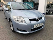 Auris Tr Vvt-I Hatchback 1.6 Manual Petrol - Thumb 2