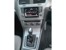 2014 VW Golf SE 2.0 D Estate Automatic - Thumb 22