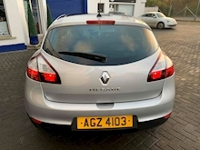2015 Renault Megane 1.6 vvti Limited Manual 110 BHP - Thumb 9