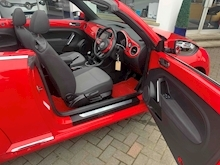 2013 VW Beetle 1.4 TSI Design Convertible Petrol Manual (158 g/km, 158 bhp) - Thumb 11