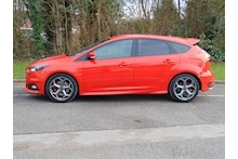Ford Focus ST-3 - Thumb 2