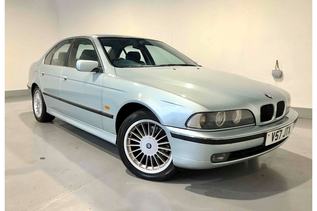 BMW 5 Series 523I Saloon 2.5 Automatic Petrol