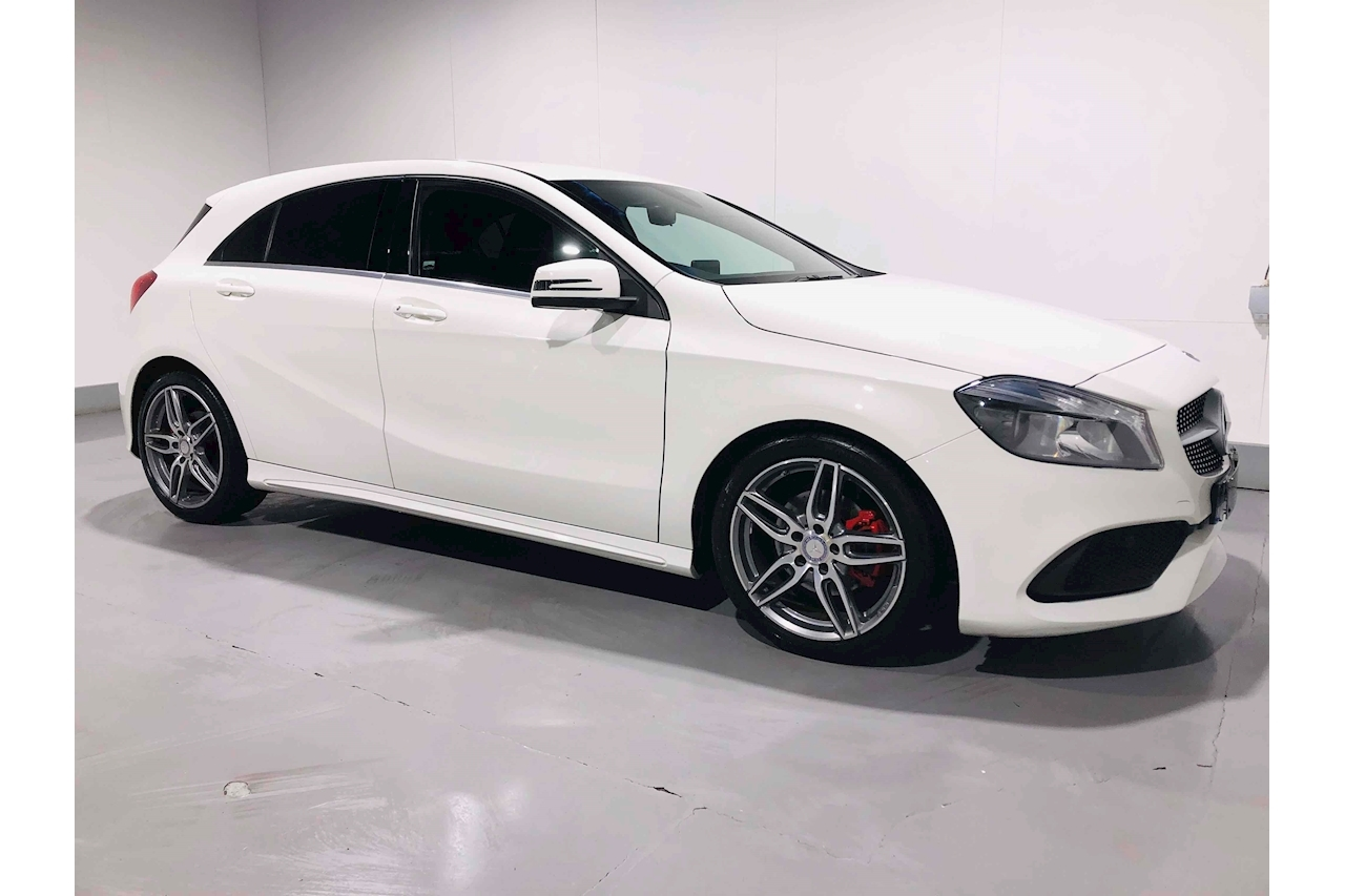 Mercedes-Benz A-Class A 160 Amg Line Hatchback 1.6 Manual Petrol