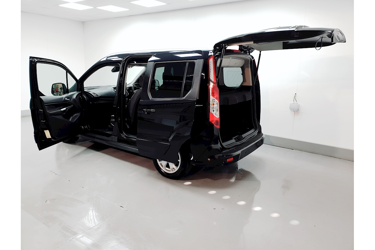 Ford Tourneo Connect Titanium MPV 1.6 Manual Diesel