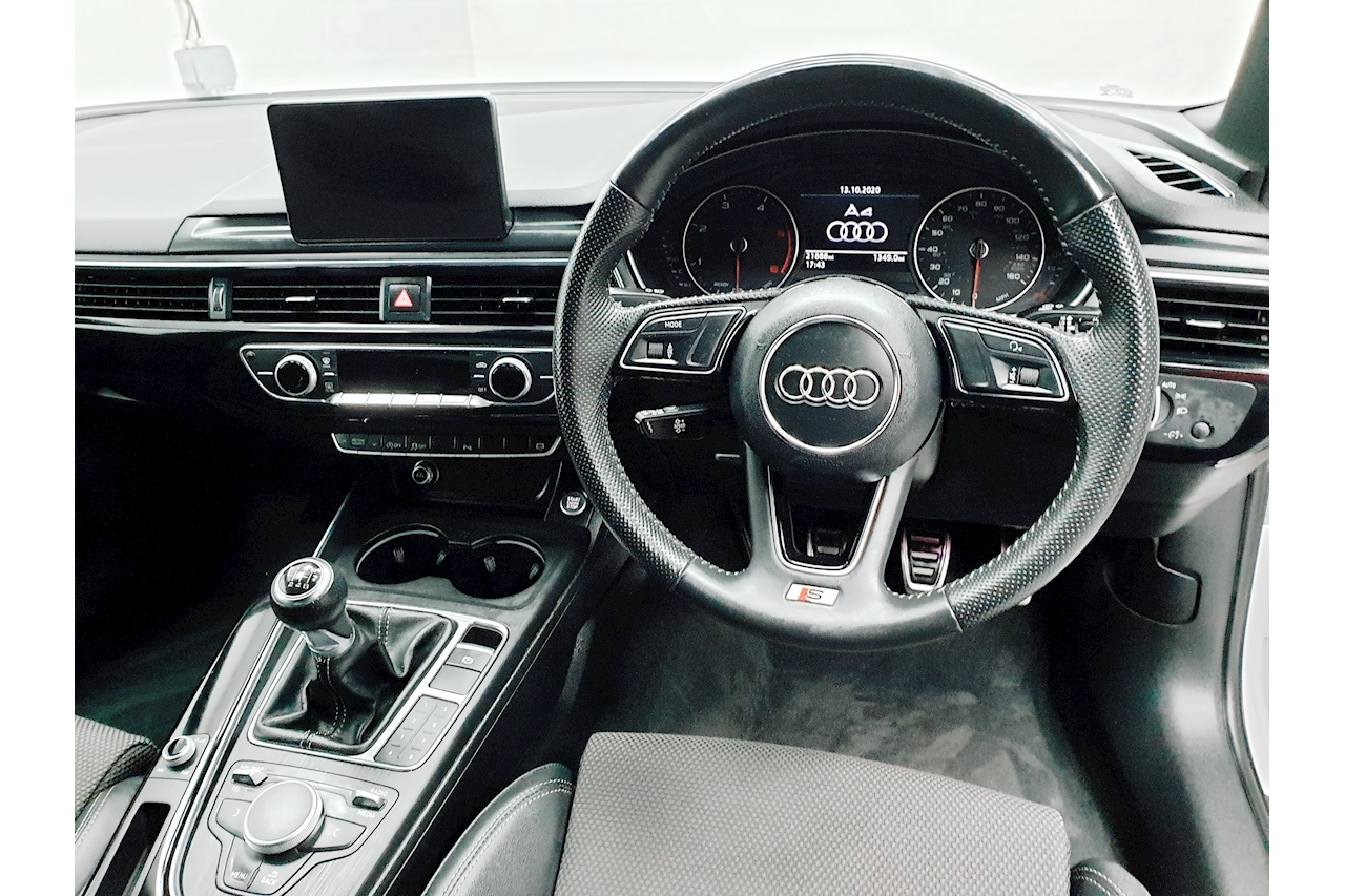 Audi A4 S line Saloon 2.0 Manual Diesel