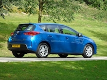 Auris D-4D Icon Hatchback 1.4 Manual Diesel