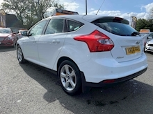 Focus Zetec Navigator Hatchback 1.0 Manual Petrol