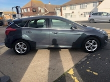Ford Focus Zetec Tdci - Thumb 1