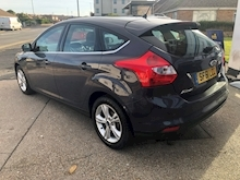 Ford Focus Zetec Tdci - Thumb 4