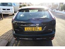 Ford Focus Zetec - Thumb 2