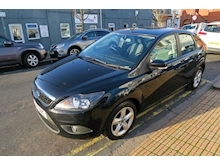 Ford Focus Zetec - Thumb 5