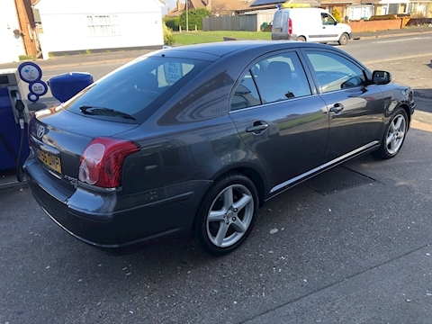Avensis D-4D T4 Hatchback 2.2 Manual Diesel