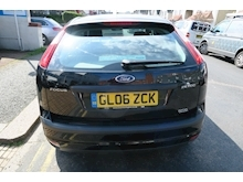 Ford Focus Zetec Cli. P(116/4) - Thumb 2