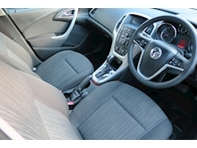 Vauxhall Astra Exclusiv - Thumb 8