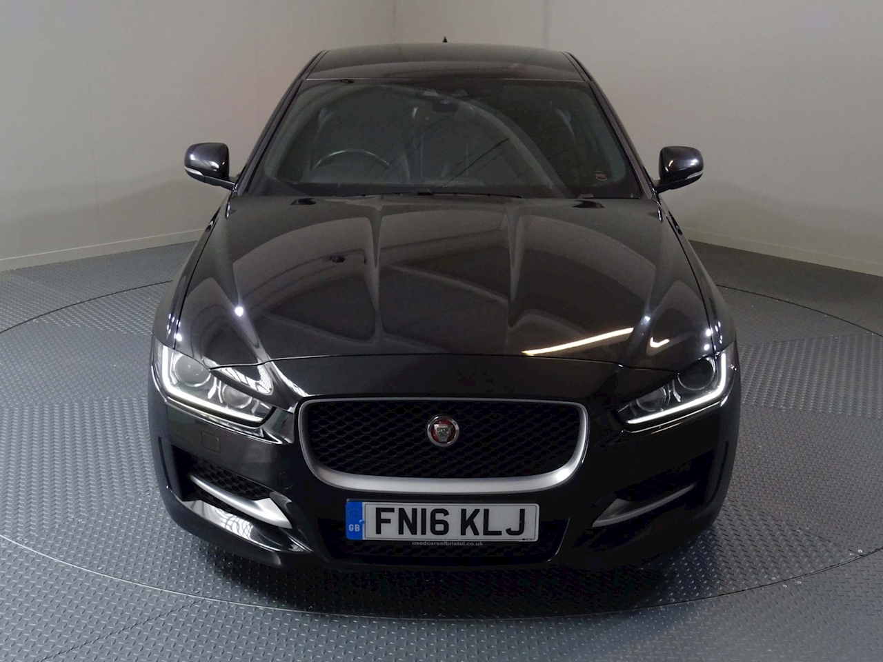 Jaguar XE R-Sport 2 4dr Saloon Manual Diesel