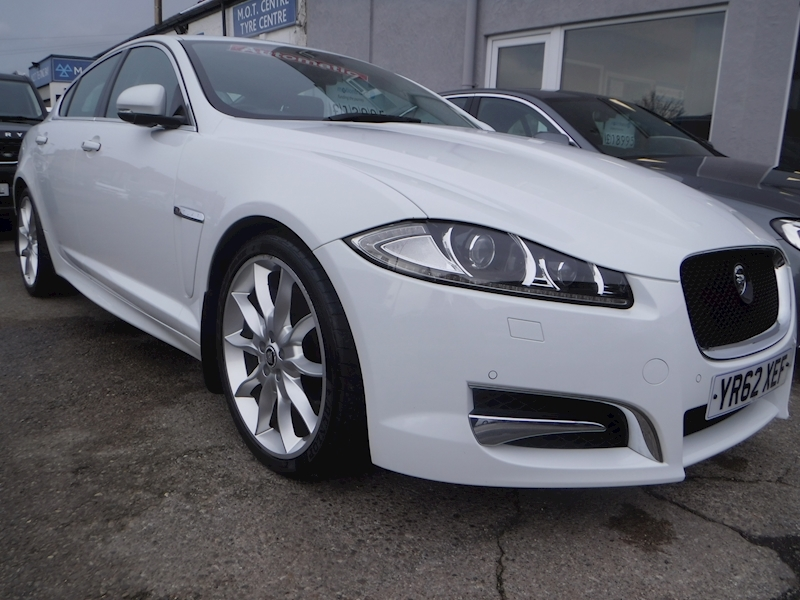 Xf V6 S Premium Luxury 3.0 4dr Saloon Automatic Diesel