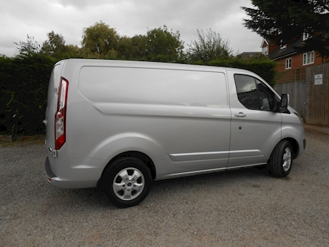 Ford Transit Custom 290 Limited Swb Van 130ps Euro 6 2,400mm load length 1050kg payload