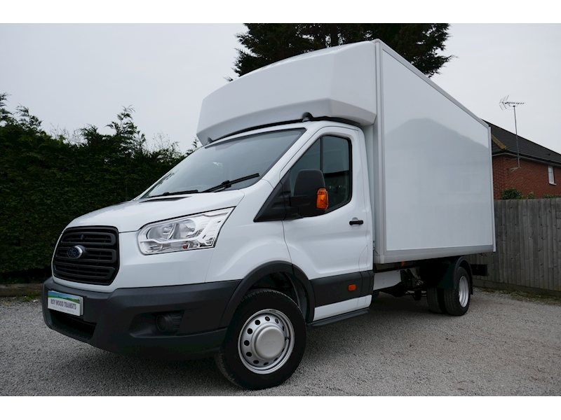 Transit 350 L4 Luton 4.1m load length - 2.2 125ps Euro 5 - Only 10k miles 2.2 2dr Luton Manual Diesel