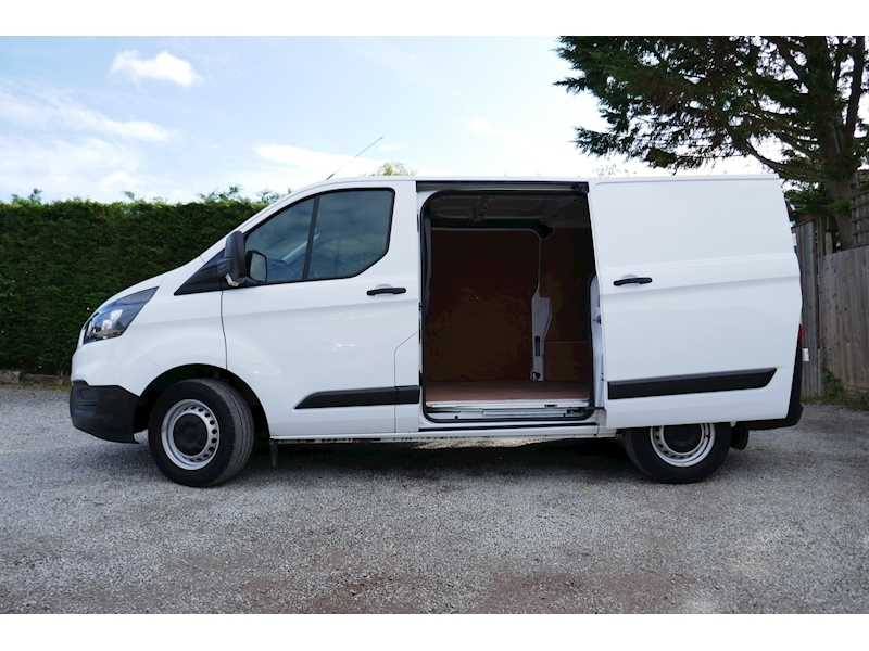 Ford Transit Custom image 6