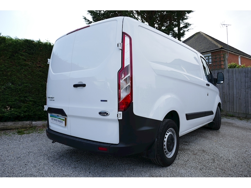 Ford Transit Custom image 29