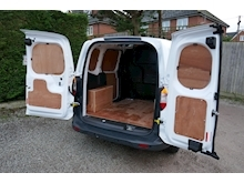Ford Transit Courier - Thumb 27