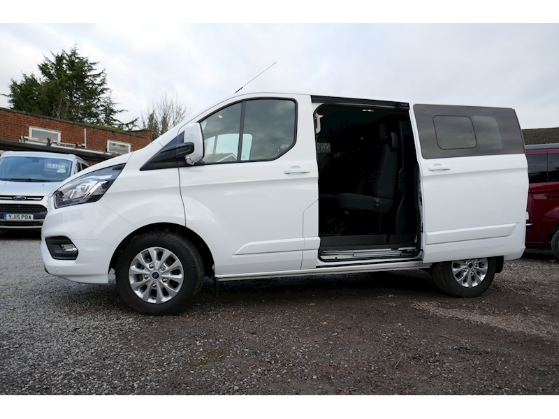 Ford Transit Custom image 7