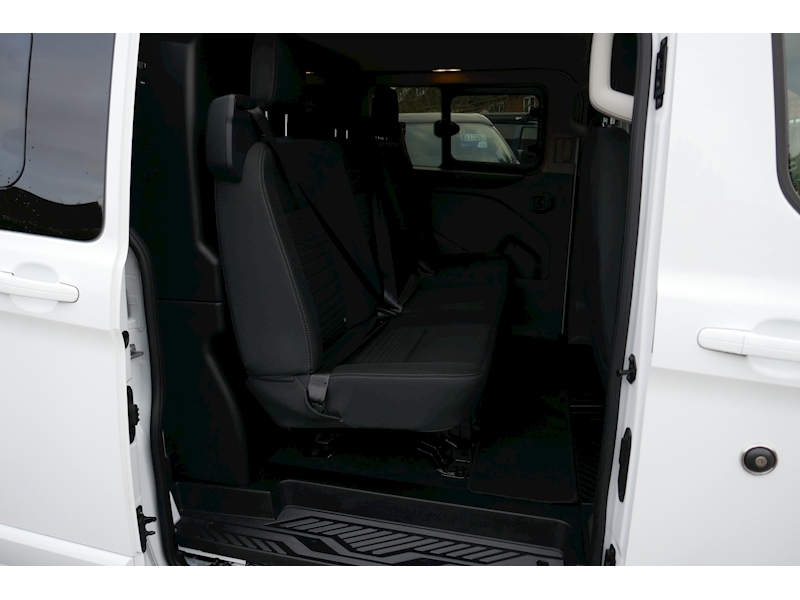 Ford Transit Custom image 35