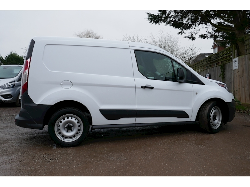 Ford Transit Connect image 8