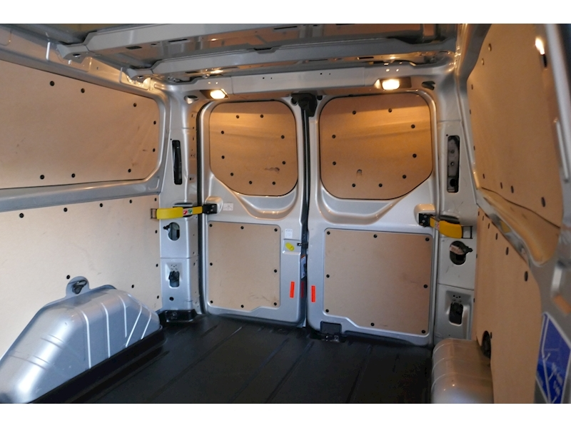 Ford Transit Custom image 42