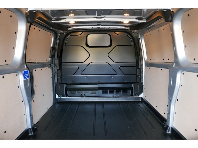 Ford Transit Custom image 43