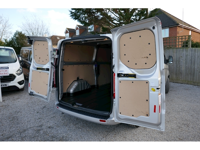 Ford Transit Custom image 47