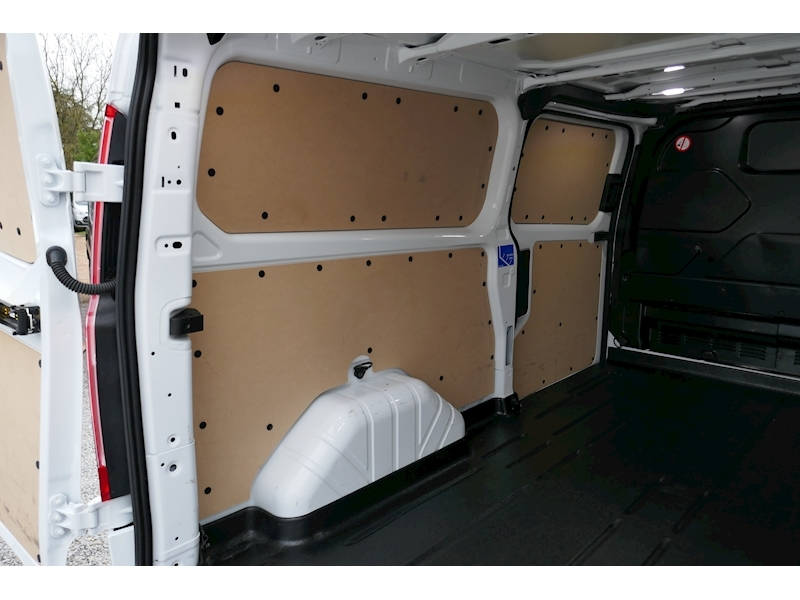 Ford Transit Custom image 20