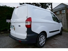 Ford Transit Courier - Thumb 1