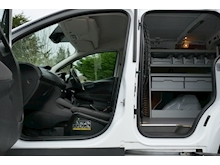 Ford Transit Courier - Thumb 12