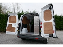 Ford Transit Courier - Thumb 28