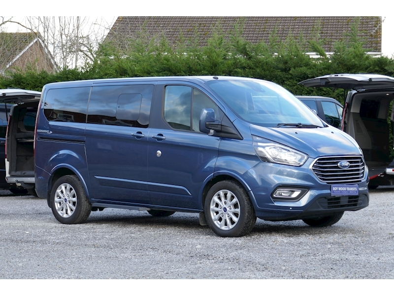 Ford Tourneo Custom WAV image 21