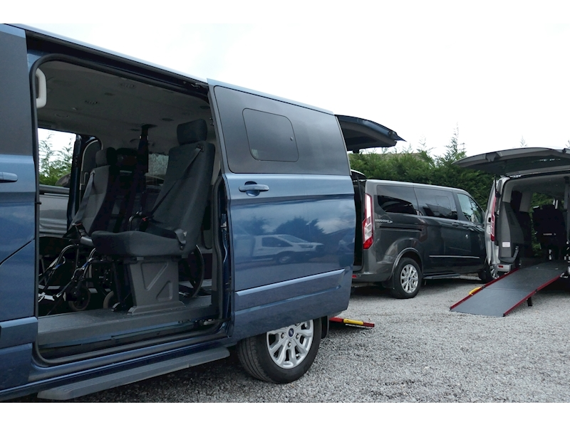 Ford Tourneo Custom WAV image 50