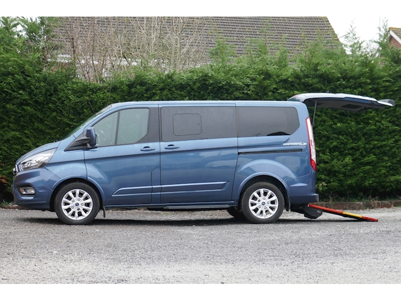 Ford Tourneo Custom WAV image 13