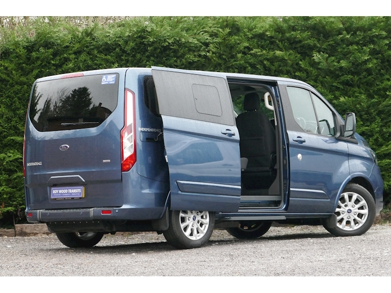 Ford Tourneo Custom WAV image 27