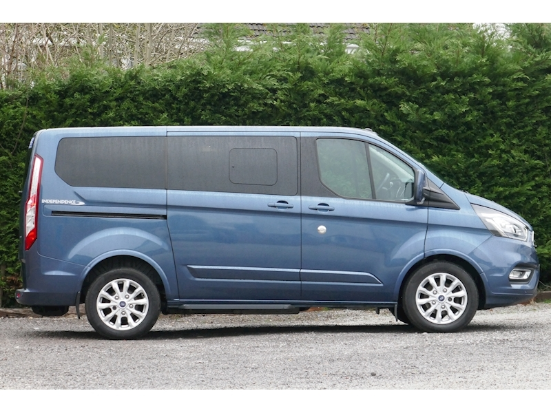 Ford Tourneo Custom WAV image 18